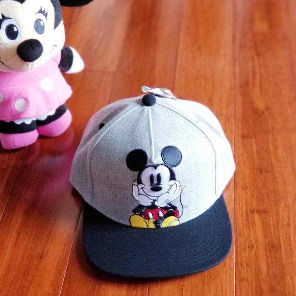 b50fee49d13 LAST ONE NWT Disney Mickey Mouse cap